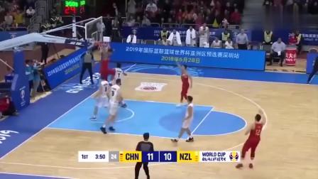 中国队核心易建联有多难?看看这个十佳球吧!无敌是多么的寂寞