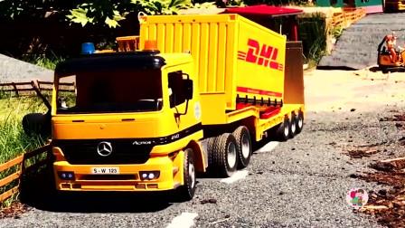 少儿益智游戏,电动遥控工程车施工铺路,黄色翻斗车自卸车,卡车拖车,儿童玩具亲子互动