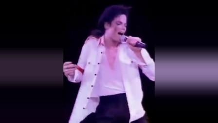 迈克尔杰克逊最难唱的一首歌《地球之歌》深情狂野的演唱嗨爆全场