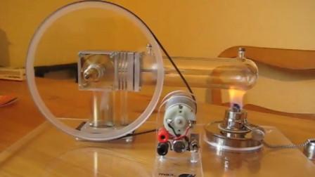 这不光是一台发动机,还是一台直流发电机组,谁发现了