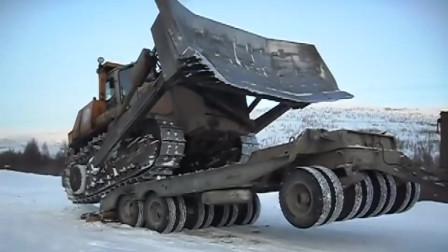 这才叫重型推土机呢,上车的那一刻,托板差点张嘎