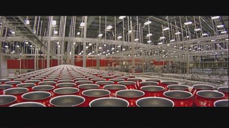 """1瓶可口可乐是怎样在""""超级工厂""""中通过自动化生产线被生产出来的"""