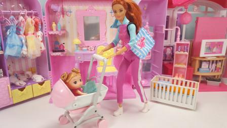 芭比公主玩具故事 小宝宝刚起床爱哭闹,餐车送来蛋糕牛奶和水果