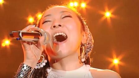 米希亚演唱经典《骑在银龙背上》,开口太震撼,注入灵魂的声音