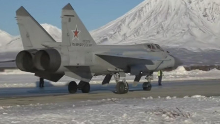 发动机非常粗壮,米格-31世界最大战斗机飞得最快的战斗机