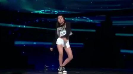 韩国高颜值小萝莉参加舞蹈比赛,气场强大不输任何大明星!