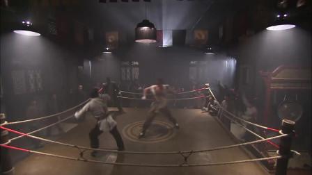 小伙和壮汉打拳击,这体格差距之大,不输才怪呢!