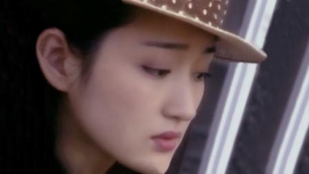 杨钰莹经典粤语歌《行路难》、《江湖怨》,声声催泪,字字沧桑