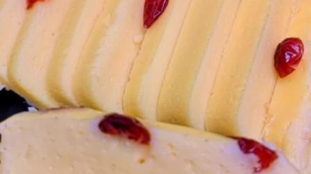 何炅同款酸奶蛋糕的做法,无需烤箱,简单一蒸就出锅,超好吃