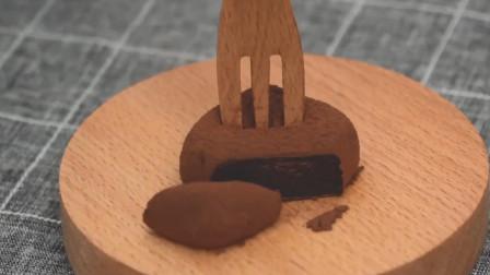 """日本人自制""""炼乳巧克力松露"""",一叉子下去,看完让人流口水!"""