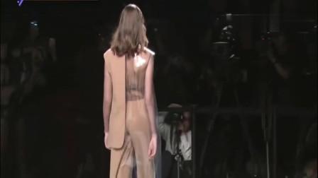 时装秀:设计师都太大胆了!生活中这衣服谁敢穿出门?