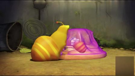 爆笑虫子:红虫被困布丁里,黄虫子为救吃布丁,没想到几口就变胖