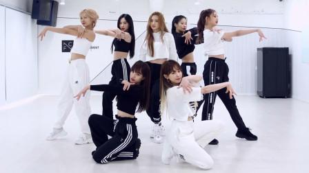AOA师妹团CherryBullet回归舞蹈练习,元气与帅气并存