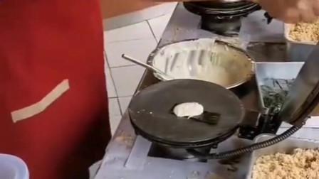肉松卷加片海苔,简直真是美味极了!怪不得老板生意这么好!