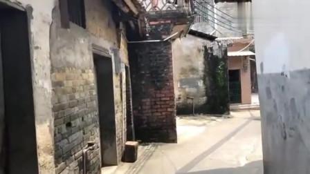 广东东莞:东莞城中村小巷生活真实记录全过程,从头到尾都快看哭了!