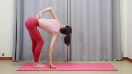 拉伸韧带塑形增肌,大象腿女孩可以试试,还能打造美丽腰部和排毒