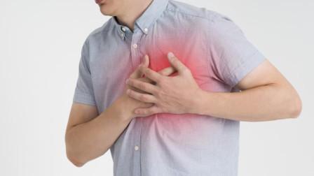 经常心悸是心脏病的前兆吗?医生直言:4种情况也不能忽视