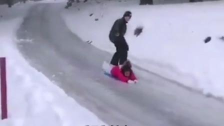 搞笑视频:这就是你说的体验风速 你给老娘等着