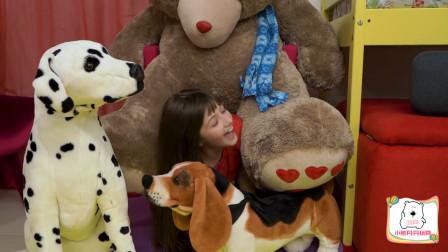 好奇怪!萌宝小萝莉为何躲在玩偶堆里?趣味玩具故事