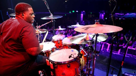 ★ME威律动★Aaron Spears - Guitar Center Drum Off 2011