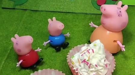 猪妈妈要给佩奇乔治做蛋糕,还要在上面撒上好吃的糖针,可是糖针怎么不见了呢?