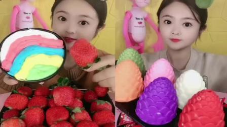 小姐姐直播吃:草莓奶油酱和果冻糖,各种口味任选,看着好想吃啊