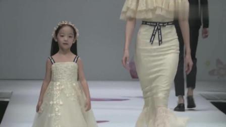 时装秀:花朵鱼尾婚纱,打造立体曲线,展现你的迷人的魔鬼身材!