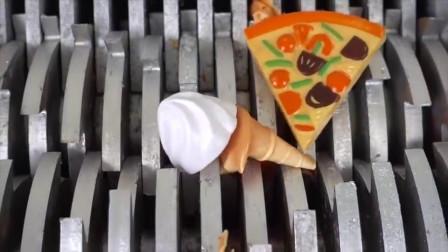 """将""""果冻、玩具披萨""""放在切割机里面,看着好减压啊,好过瘾"""