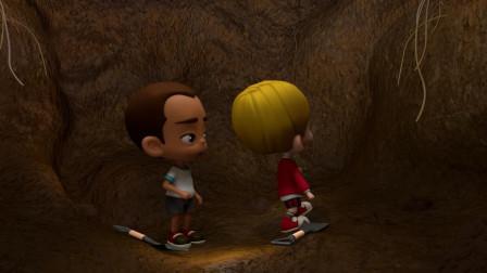 两个小男孩挖坑把自己困在坑里