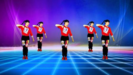在家跟我一起练《跟着音乐动起来》有氧健身舞,三组动作一起呵成