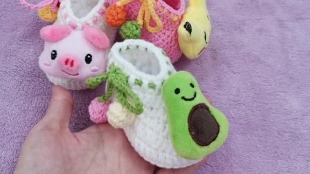 第36集卡通宝宝鞋编织,婴儿毛线鞋钩针编织视频教程,宝妈们钩起来吧(下)最简单编织方法