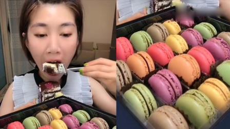 美女吃播:美味果酱蛋糕,土豪的生活