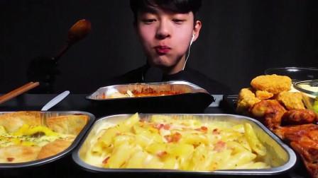 多米诺比萨全菜肴! 大蒜香草鸡翅,松露意大利调味饭,超级谷物鸡肉