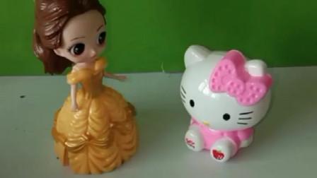 三个公主的小猫猫要比赛画画,它们都想帮主人赢东西,谁画的好?