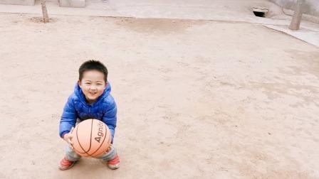 拍球 拍篮球 体育锻炼(大宝四岁九个月)