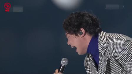 台下全是韩国明星,台上华语歌手开口就是巅峰,没错我是来踢馆的