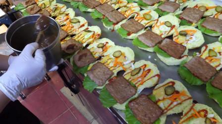 韩国街头美食,小球藻汉堡包,面包的吃法真多,韩国街头食品