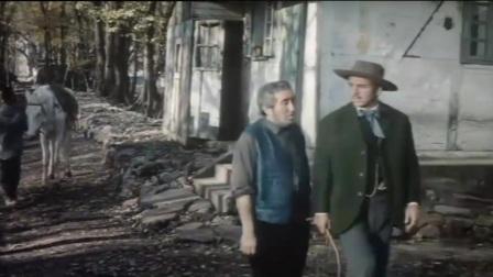 汤姆叔叔:主人将奴隶拖在马后,奴隶机智地用刀割断了尼龙绳