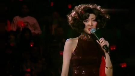 梅艳芳现场演唱《似是故人来》句句令人动容, 成为绝唱