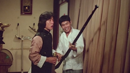 这把枪能打死老虎!成龙:拿这个去揍它?