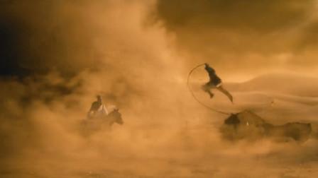 御风剑术?李连杰跟陈坤在龙卷风里打架,他两玩的还都是剑