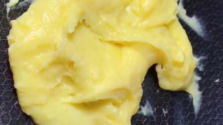 教你自制奶黄馅,做法简单,香味浓郁,馒头包子月饼都可以包