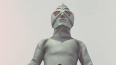 奥特曼镜子超人的老爸给了他一个计时器,用来监控体内的炸弹!