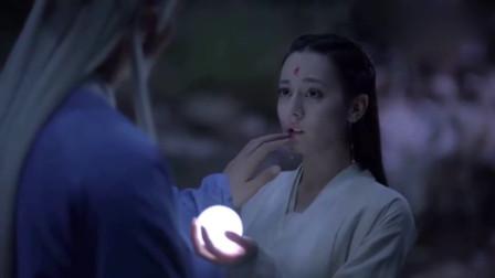 枕上书:高伟光受伤后看到热巴,在也忍不住自己的感情了!