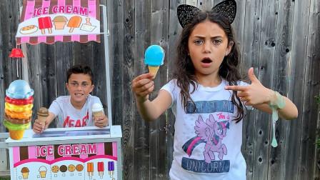 萌宝玩具:好奇怪!小萝莉的冰淇淋为何变成了史莱姆?