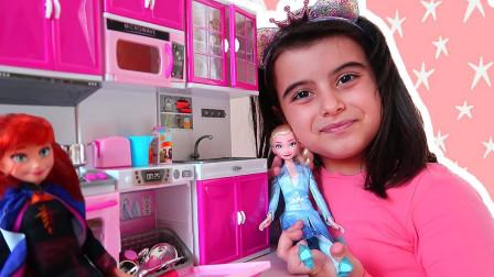 萌宝玩具:好有爱!小萝莉准备了什么下午茶给公主喝呢?