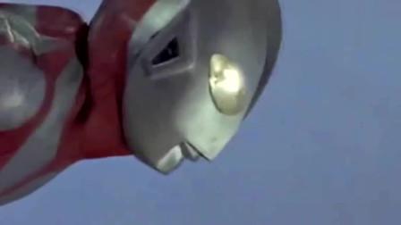 初代奥特曼空中发射电光眼,三面怪达达隐身失败