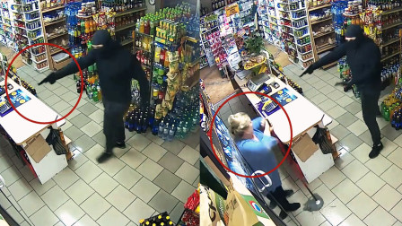 """霸气!监拍:波兰一奶奶遭遇持枪抢劫 立即用拖把""""反杀""""歹徒"""