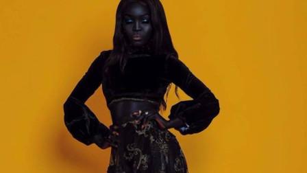世界最黑女模特,关了灯不见人,却美得不可方物!