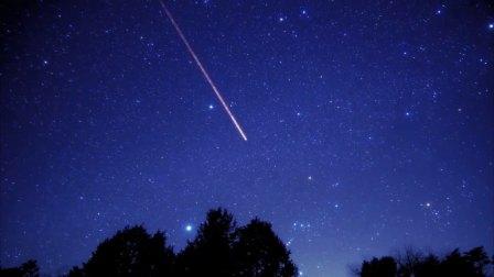 日本天文爱好者拍到最美猎户座,看!参宿四已经很亮了